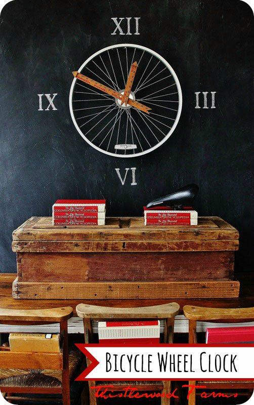 Часы из колеса велосипеда