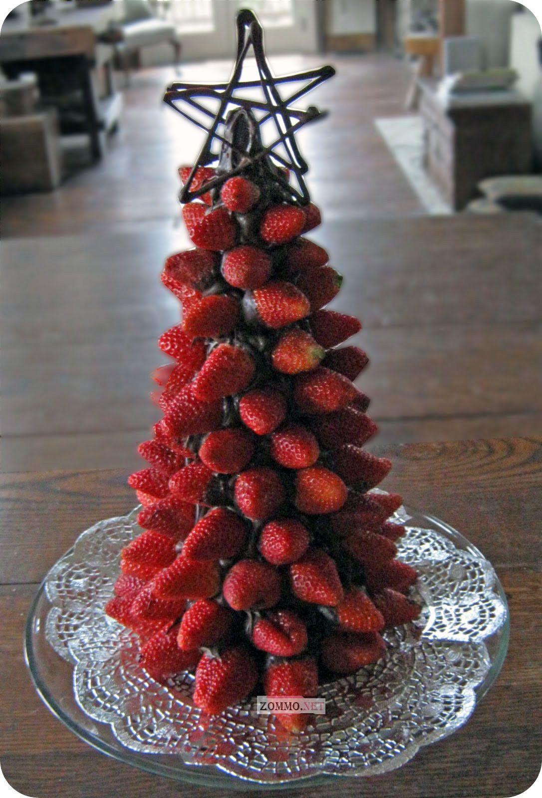 елка из клубники в шоколаде своими руками