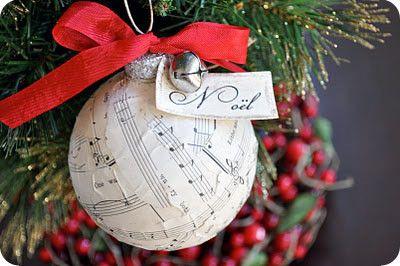 Новогодние шары для любителей музыки