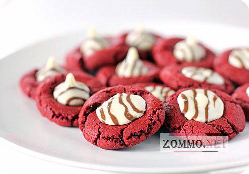 Красное печенье