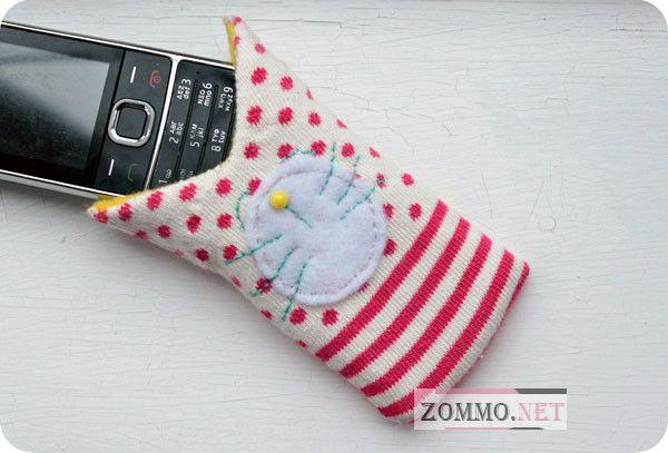 Чехол для телефона из носка и фетра