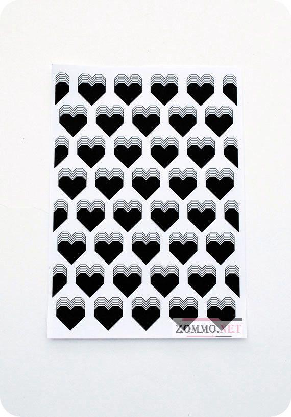 Оберточная бумага для подарков с сердечками