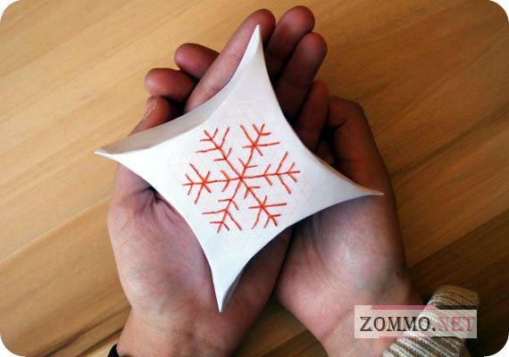 Подарочная упаковка со снежинкой