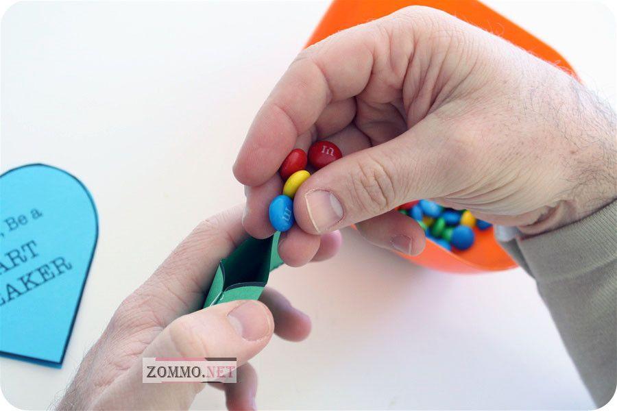 Валентинка с конфетами