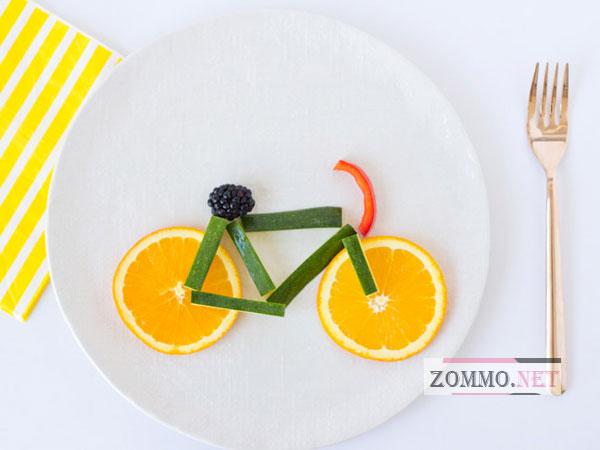 Велосипед из овощей и фруктов