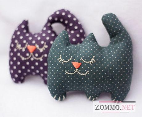 Мягкие котики из ткани своими руками