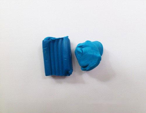 Синий пластилин