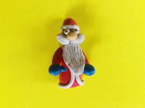Голова и тело Деда Мороза из пластилина