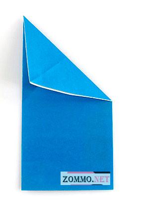 Согнутый лист бумаги