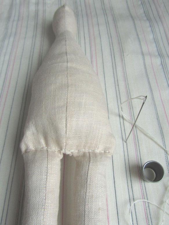 Пришиваем ножки кукле