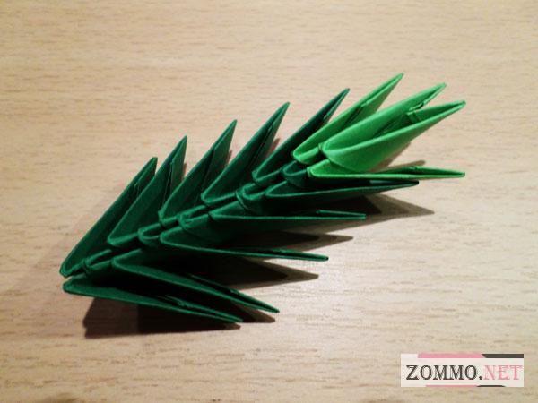 Веточка елки оригами
