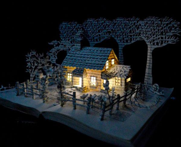 Дом - скульптура из книги