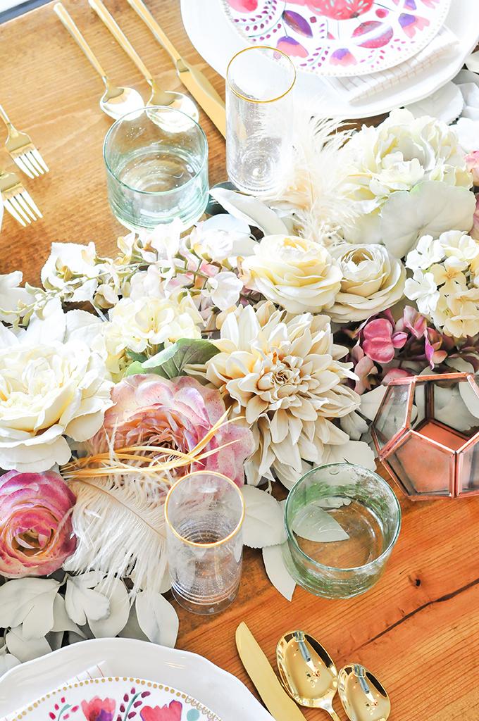 цветочная дорожка для стола