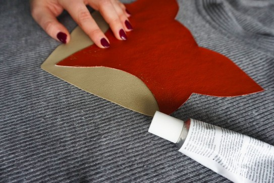 Аппликация на свитер своими руками