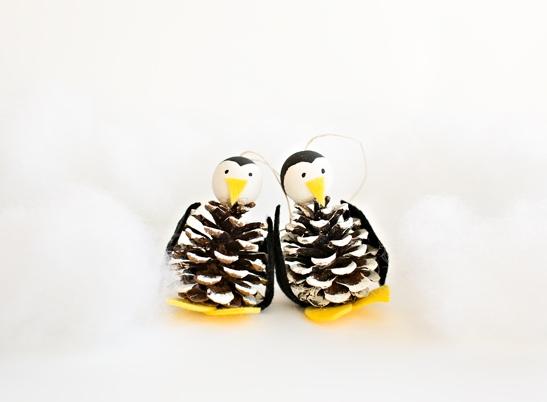 Пингвины из шишек 2
