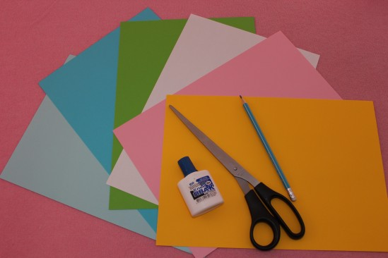 Гирлянда из бумажных цветов 2