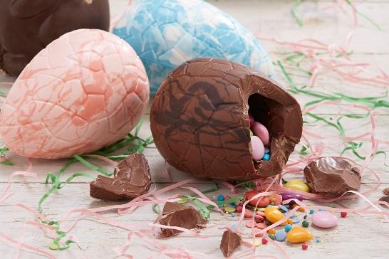Шоколадные яйца с начинкой