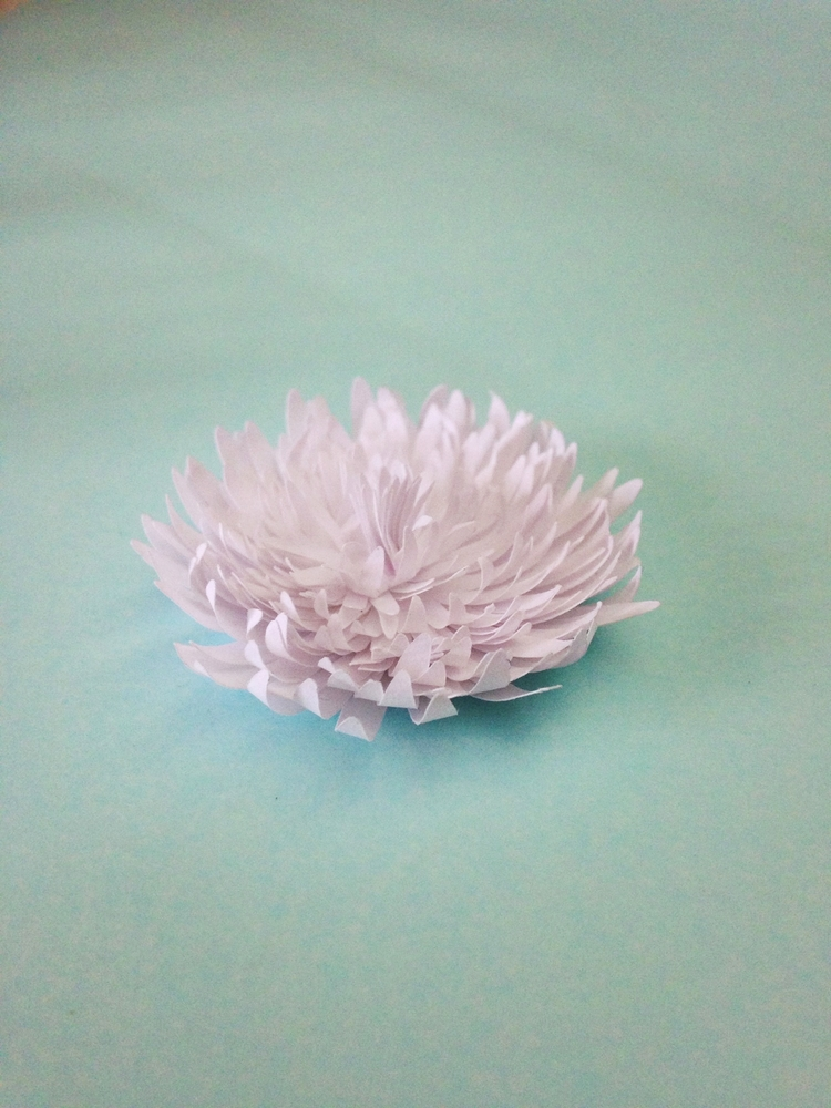 Хризантемы из бумаги своими руками