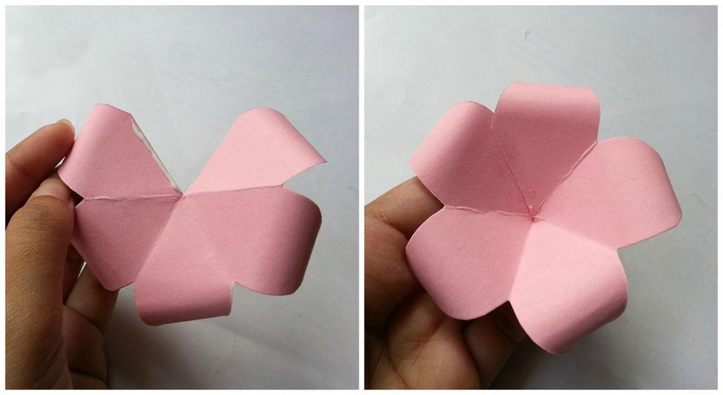 Камелии из бумаги-склеиваем лепестки