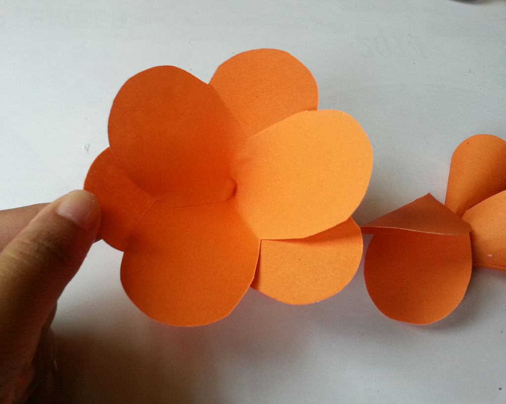 Камелии из бумаги-собираем цветок