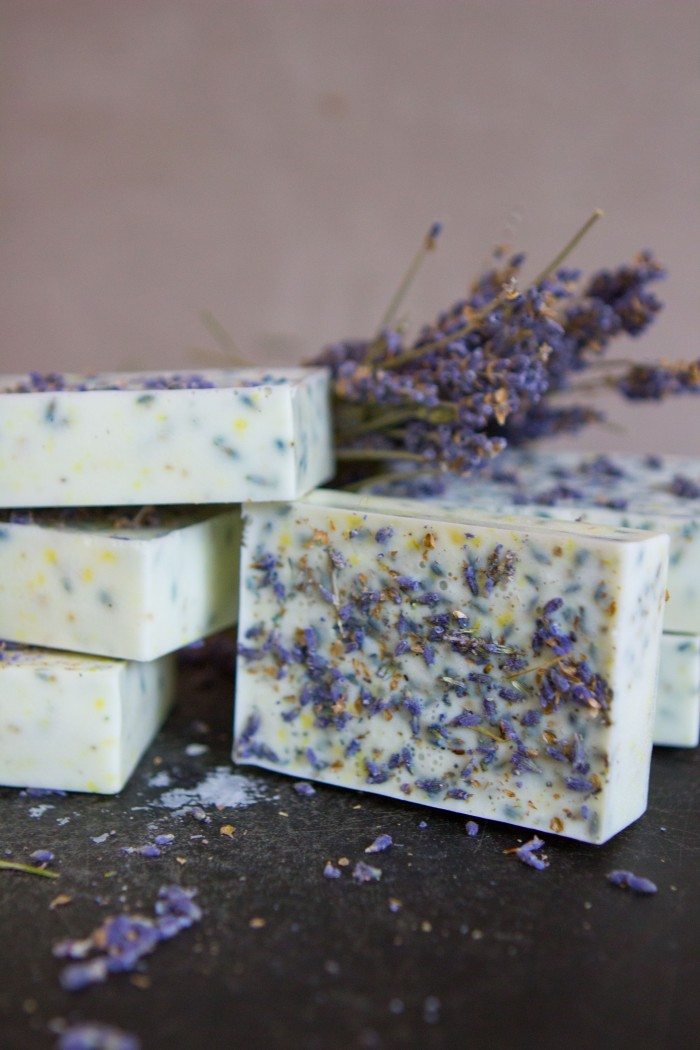 Лавандовое мыло - готовые бруски