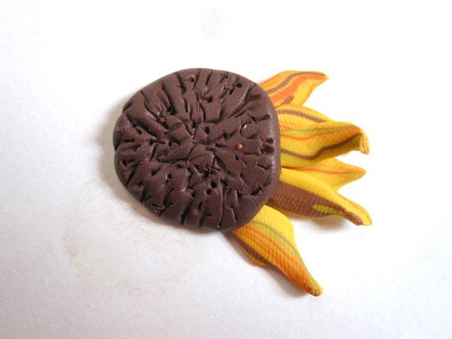Подсолнухи из полимерной глины-формируем цветок