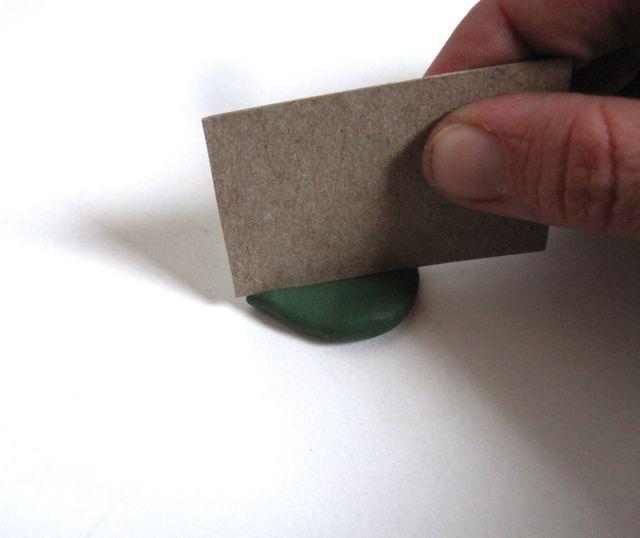 Подсолнухи из полимерной глины-делаем жилки на лепестке