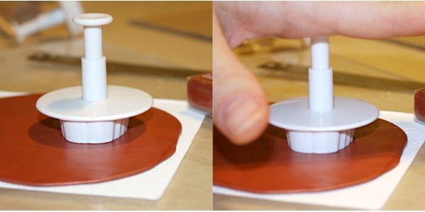 Заколка из полимерной глины-придавливаем резец к материалу