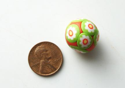 Бусины миллефиори-раскатайте шарик