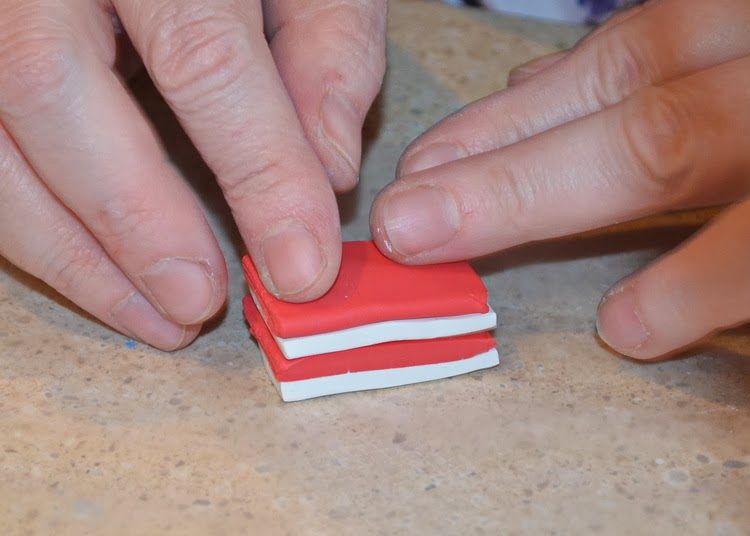 Как украсить крючок-сложите слои друг на друга
