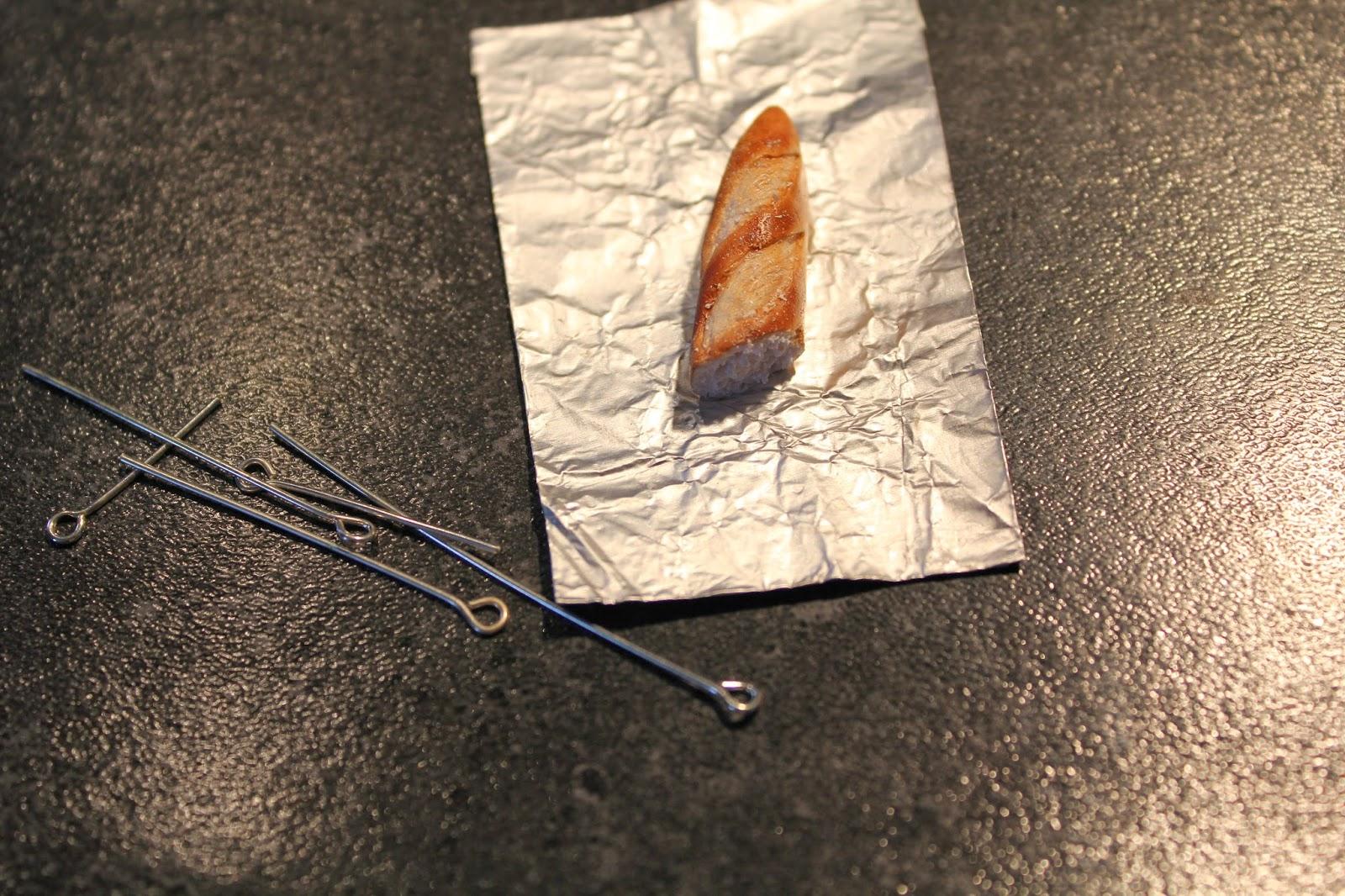 Еда из полимерной глины-перережьте багет