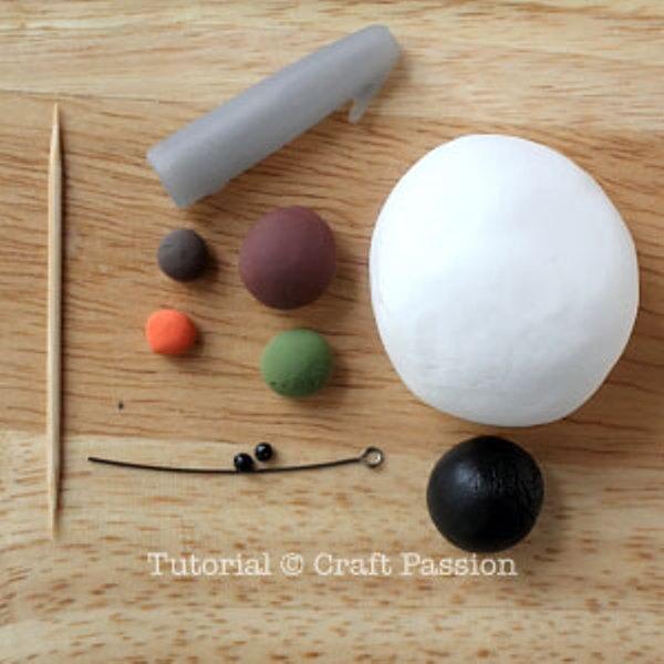 Снеговик из полимерной глины-материалы