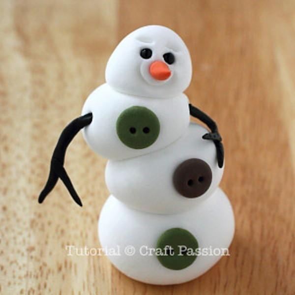 Снеговик из полимерной глины-вставьте ручки