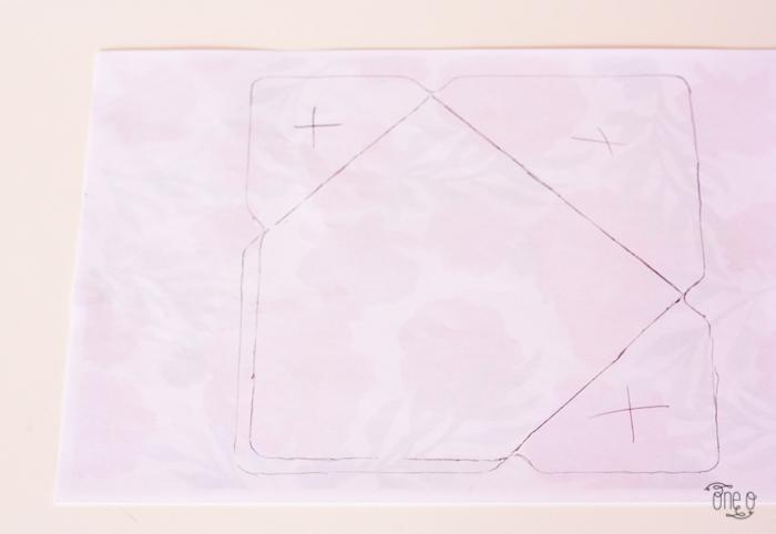 Конверт на свадьбу-наведите линии на бумаге с принтом