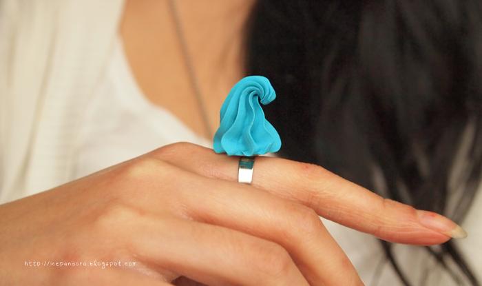 Мороженое из полимерной глины-кольцо