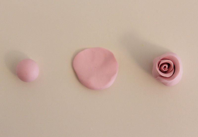 Ободок с розами-добавьте еще лепестков