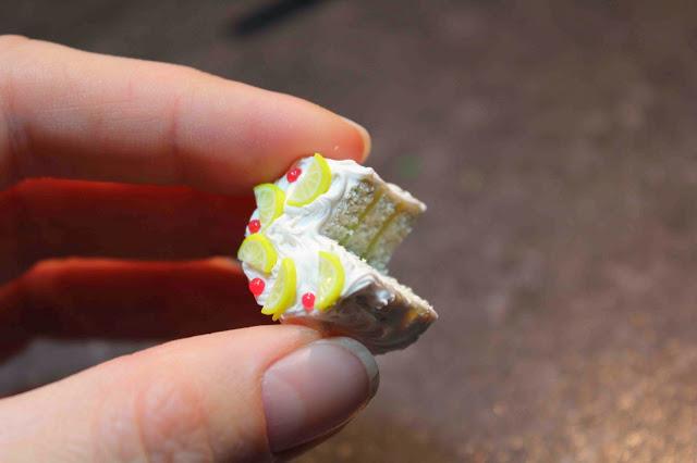 Тортики из полимерной глины-лимонный тортик