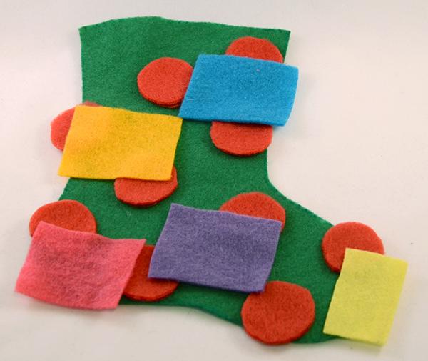 Носок из фетра-вырежьте прямоугольники