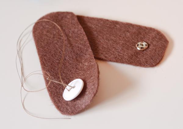 Чехол для телефона из фетра-пришейте пуговицу