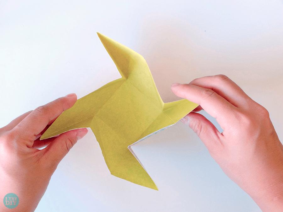 Конверт оригами-скрутите вертушку
