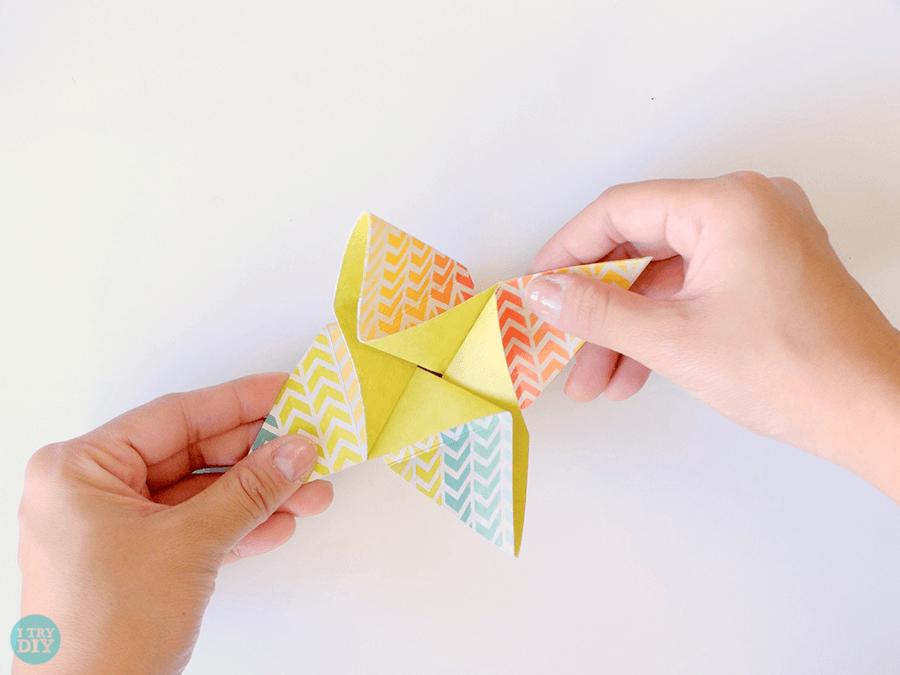 Конверт оригами-закройте вертушку