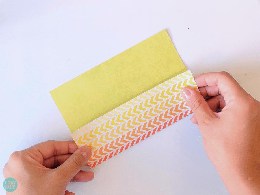 Конверт оригами-сложите по линиям