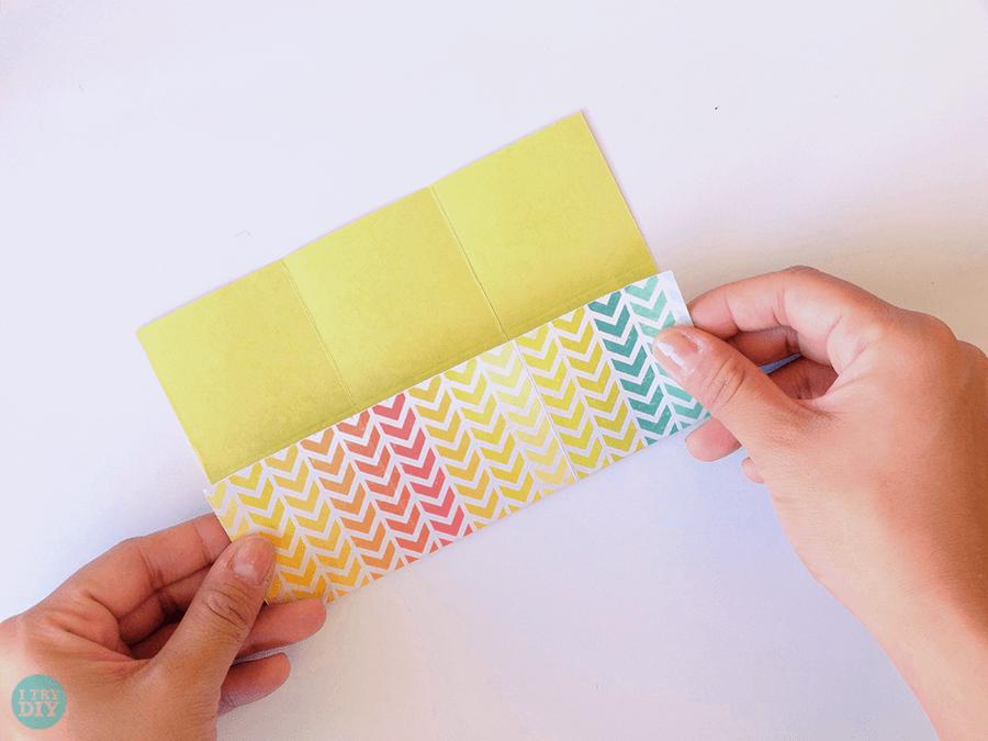 Конверт оригами-заверните в другую сторону