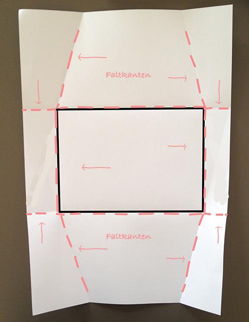 Оригами конверт с сюрпризом-прорисуйте линию загиба 4