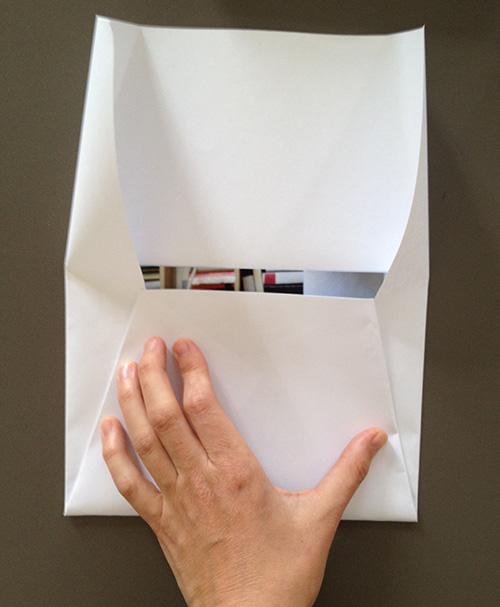 Оригами конверт с сюрпризом-загните клапан