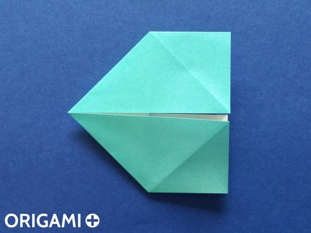 Оригами рибка-поместите ротиком влево