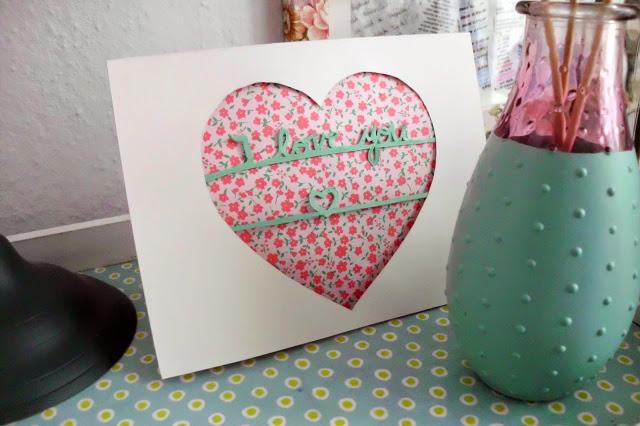 Как сделать открытку «Сердце» своими руками?