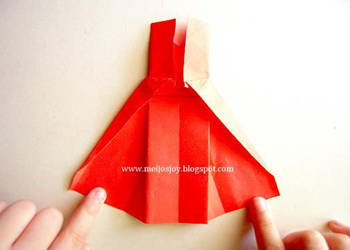 Платье оригами-загните верхнюю складку