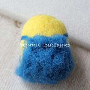 Миньон из фетра-добавьте синей шерсти