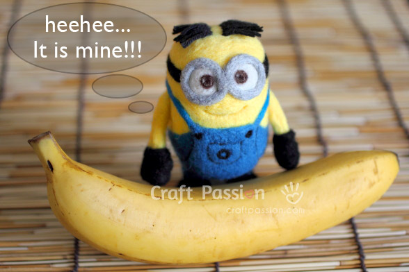 Миньон из фетра с бананом